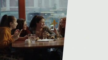 XFINITY Mobile TV Spot, 'What's a Gig of Data?: Save Hundreds' - Thumbnail 6