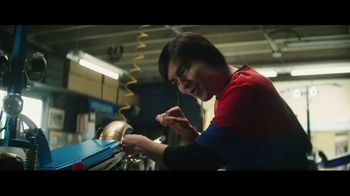 TurboTax Live TV Spot, 'Electric Scooter' [Spanish] - Thumbnail 7