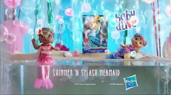 Baby Alive Shimmer 'N Splash Mermaid TV Spot, 'Mermaid Surprise' - Thumbnail 8