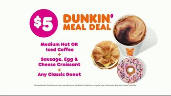 Dunkin' Donuts $5 Meal Deal TV Spot, 'All For Me' - Thumbnail 7