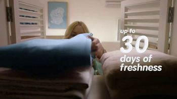 Snuggle TV Spot, 'Extra Care Can Go a Long Way' - Thumbnail 6