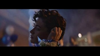 Head & Shoulders Smooth & Silky TV Spot, 'Headstrong: Corsage' Song by Campfire, Shane Eli - Thumbnail 5