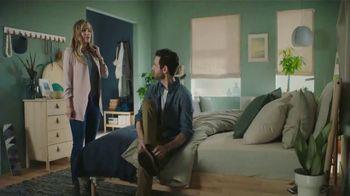 IKEA TV Spot, 'The Morningmorphosis: Nice Hair' - Thumbnail 6