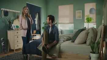 IKEA TV Spot, 'The Morningmorphosis: Nice Hair' - Thumbnail 7