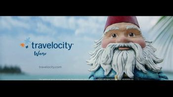 Travelocity Price Match Guarantee TV Spot, 'A Little Wisdom: Family Bonding Moments' - Thumbnail 9