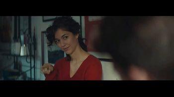 Audible Inc. TV Spot, 'Listen for a Change: Date Night' - Thumbnail 6