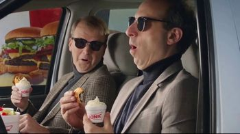 Sonic Drive-In Oreo A La Mode TV Spot, 'French' - Thumbnail 7