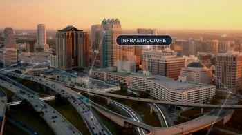 Spectrum TV Spot, 'Smart City of the Future' - Thumbnail 6