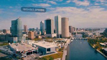 Spectrum TV Spot, 'Smart City of the Future' - Thumbnail 7