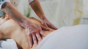 Elements Massage TV Spot, 'Valentine's Day: Rose Petal Aroma Ritual' - Thumbnail 6