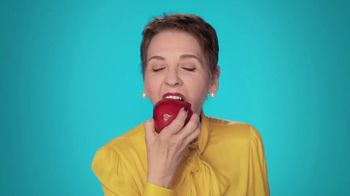 Sea Bond Denture Adhesive Seals TV Spot, 'Apple' - Thumbnail 2