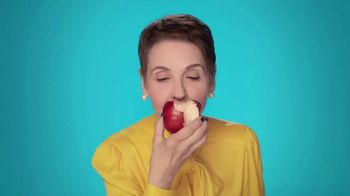 Sea Bond Denture Adhesive Seals TV Spot, 'Apple' - Thumbnail 3
