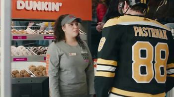 Dunkin' Donuts Cold Brew TV Spot, 'Penalty Box' Featuring David Pastrňák - Thumbnail 3