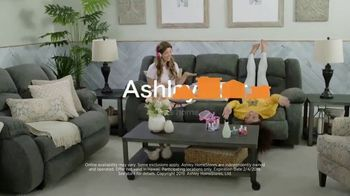 Ashley HomeStore Super Sale TV Spot, 'Final Week: Sofas' Song by Midnight Riot - Thumbnail 10
