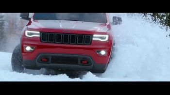 Jeep TV Spot, 'Agree to Disagree: Winter' Song by Carrollton [T2] - Thumbnail 2