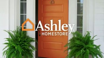 Ashley HomeStore Super Sale Weekend TV Spot, 'Four Days Only' - Thumbnail 1
