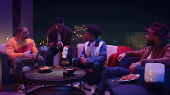 Old Spice Cooling With Mint TV Spot, 'Group Chat' Featuring Deon Cole - Thumbnail 2