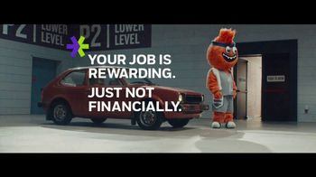 E*TRADE TV Spot, 'A Rewarding Job' - Thumbnail 6
