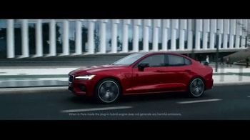 2019 Volvo S60 TV Spot, '400 Horsepower' [T1] - Thumbnail 2