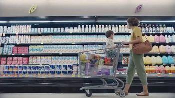 Silk Unsweetened Almond Milk TV Spot, 'Hood Ornament' - Thumbnail 1