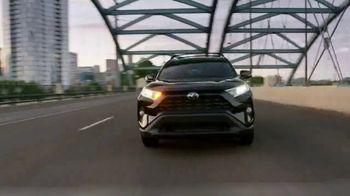 2019 Toyota RAV4 TV Spot, 'Arrived' [T2] - Thumbnail 7