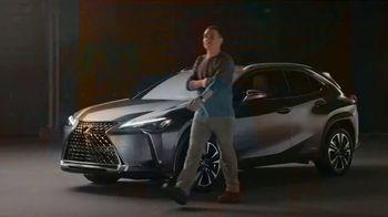 Lexus UX TV Spot  'HGTV: Moment With a Maker: Woodworker' [T1] - Thumbnail 2