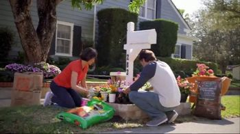 The Home Depot TV Spot, 'Today Is the Day for Doing: Vigoro Mulch' - Thumbnail 4
