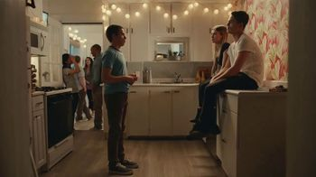 Mentos Pure Fresh TV Spot, 'Small Talk: Party Long' - Thumbnail 3