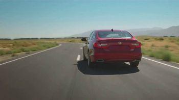Honda Accord TV Spot, 'Driver's Seat' Featuring James Hinchcliffe [T1] - Thumbnail 6