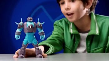 Ben 10 Transforming Action Figures TV Spot, 'Jump Into the Action'