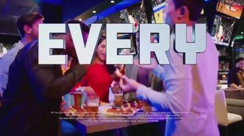 Dave and Buster's Thursdays TV Spot, 'Unlimited Video Games & Wings' - Thumbnail 4