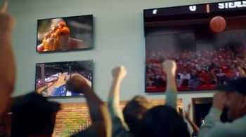 Hooters TV Spot, 'Win or Lose: Bundle' - Thumbnail 1