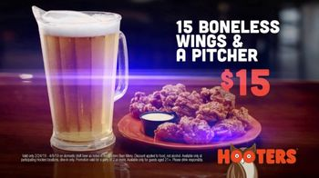 Hooters TV Spot, 'Win or Lose: Bundle' - Thumbnail 10