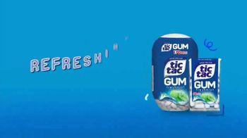 Tic Tac Gum TV Spot, 'Winter' - Thumbnail 10