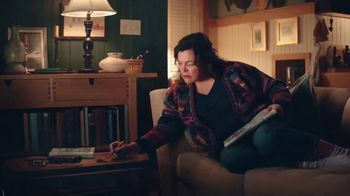Clorox Ultra Clean Disinfecting Wipes TV Spot, 'Kitty Left a Gift' - Thumbnail 3