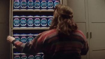 Clorox Ultra Clean Disinfecting Wipes TV Spot, 'Kitty Left a Gift' - Thumbnail 5