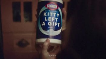Clorox Ultra Clean Disinfecting Wipes TV Spot, 'Kitty Left a Gift' - Thumbnail 7