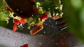 Applebee's 3 Course Meal TV Spot, 'It's Back' Song by Stevie Wonder - Thumbnail 2
