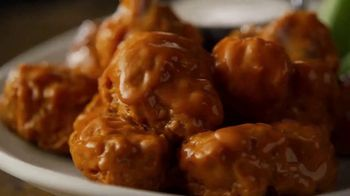 Applebee's 3 Course Meal TV Spot, 'It's Back' Song by Stevie Wonder - Thumbnail 8