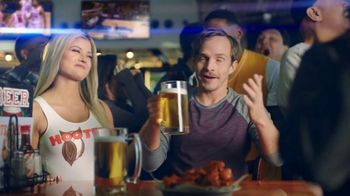 Hooters TV Spot, 'Win or Lose: Taggable'