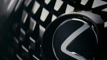 Lexus UX TV Spot, 'Food Network: Reinvention' Featuring Eddie Jackson [T1] - Thumbnail 8