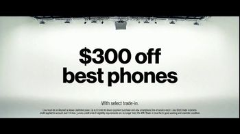 Verizon TV Spot, 'Tiffany: $300 Off' - Thumbnail 9