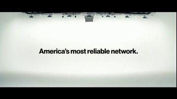 Verizon TV Spot, 'Tiffany: $300 Off' - Thumbnail 7