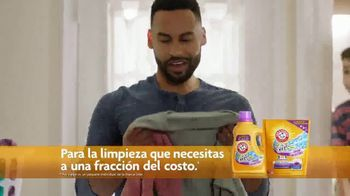 Arm & Hammer Plus OxiClean with Odor Blasters TV Spot, 'Los ciclos de la vida' [Spanish] - Thumbnail 6