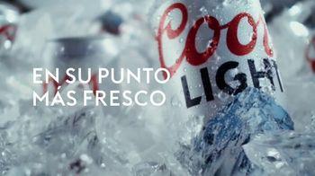 Coors Light TV Spot, 'Pass' canción de Pigeon John [Spanish] - Thumbnail 5
