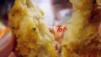 Red Lobster Lobsterfest TV Spot, 'Most Dishes: 10 Percent Off' - Thumbnail 9