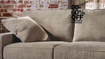 Macy's Presidents Day Sale TV Spot, 'Furniture and Levi's for All' - Thumbnail 4