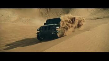 2018 Jeep Wrangler TV Spot, 'Made For' Song by Carrollton [T1] - Thumbnail 6