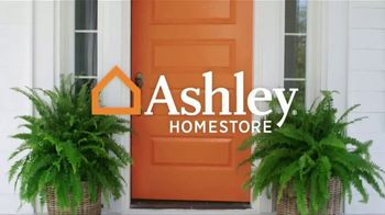 Ashley HomeStore Presidents Day Sale TV Spot, 'Doorbusters: Reclining Sofa and Dining Set' - Thumbnail 1