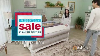 Ashley HomeStore Presidents Day Sale TV Spot, 'Doorbusters: Reclining Sofa and Dining Set' - Thumbnail 2